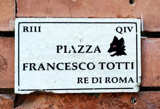 Plaque Totti