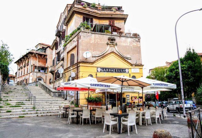 Bar Cesaroni